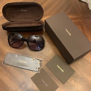 Tom Ford Women's fashionable sunglasses